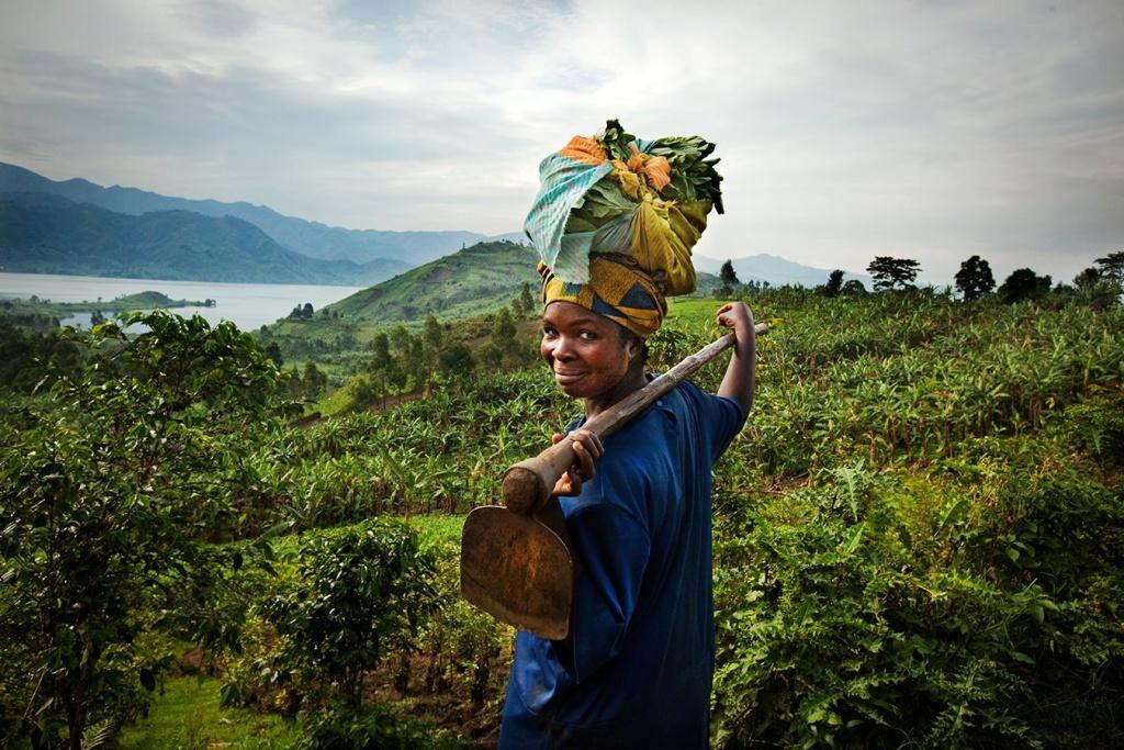 Oxfam Fair Trade is een duurzame, stimulerende, gezonde en inclusieve organisatie die 'leads by example' met als doel een duurzame planeet voor alle belanghebbenden en dit via de productie, logistiek en verkoop van duurzame, eerlijke, gezonde en hoogwaardige voedselproducten.